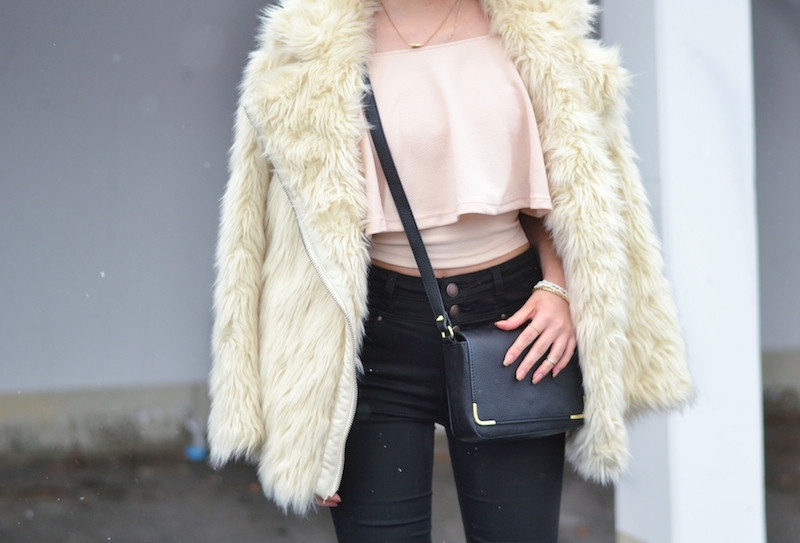 Valentinstags_Outfit_Date_Winter