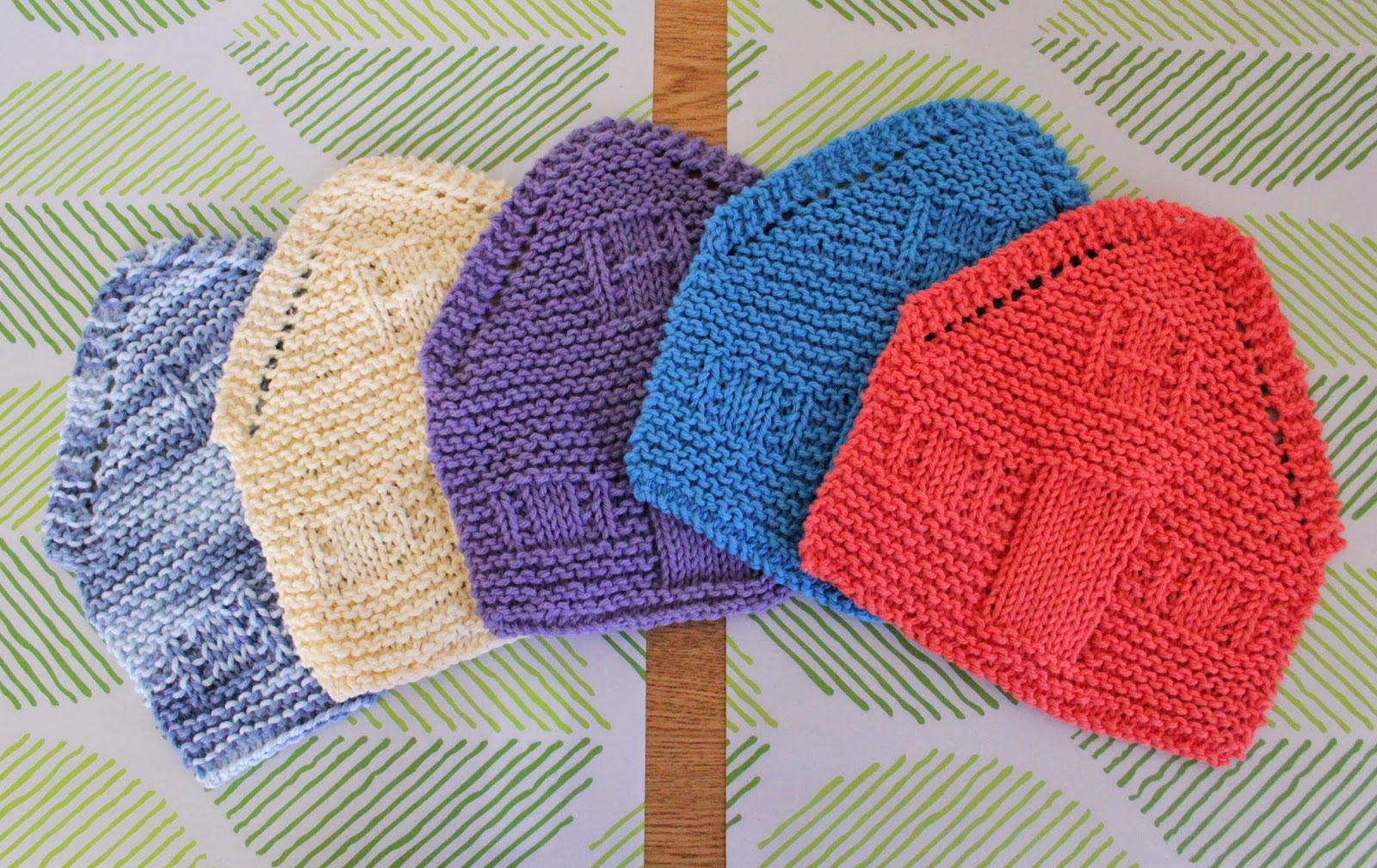 knit house dishcloths in printable house gift boxes