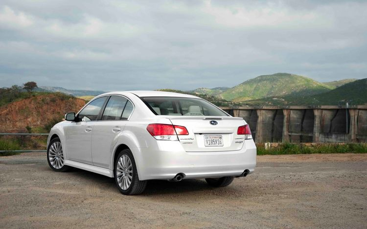 information about vehicle 2010 subaru legacy 2 5 gt prices and specs. Black Bedroom Furniture Sets. Home Design Ideas