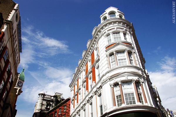 aliciasivert, alicia sivertsson, london med grabbarna, england, house, building, hus, byggnad, fasad, fasade