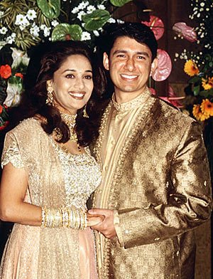 Top 10 Big Fat Bollywood Weddings - cinetalkers.com