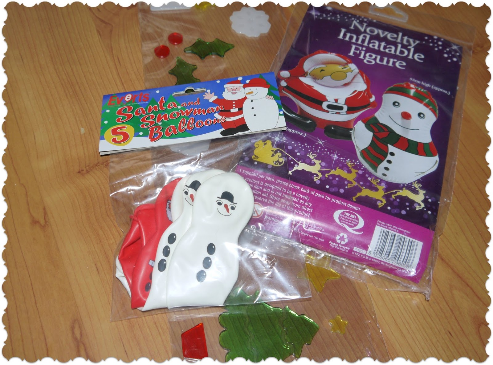 Christmas Decorations Poundland : Inside the wendy house poundland christmas