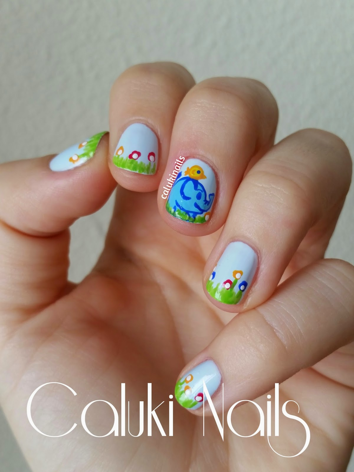 Caluki Nails : Nail art Elefante