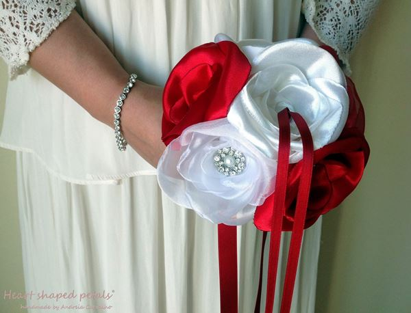 ring bearer bouquet in red and white