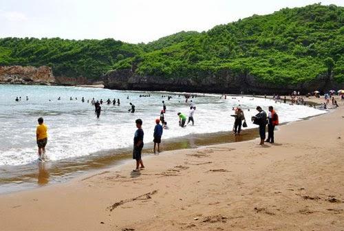 Wisata Jogja : Pantai Baron
