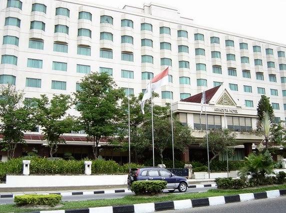 Gedung Hotel Aryadutha, Pekanbaru