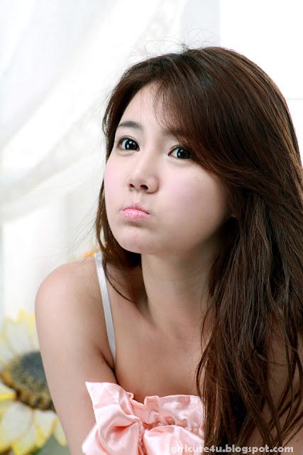 Han-Ga-Eun-Peach-Nightie-12-very cute asian girl-girlcute4u.blogspot.com