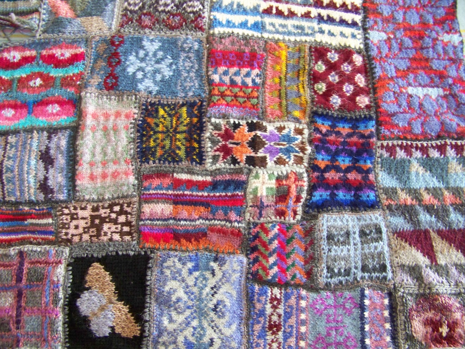 Cape Pincushion: Knitted patchwork