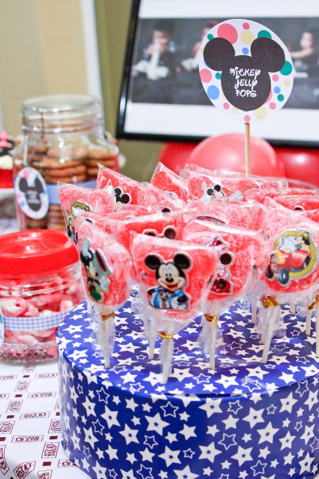 Tweedledee Creatives: Lazlo\'s Mickey Mouse Party!