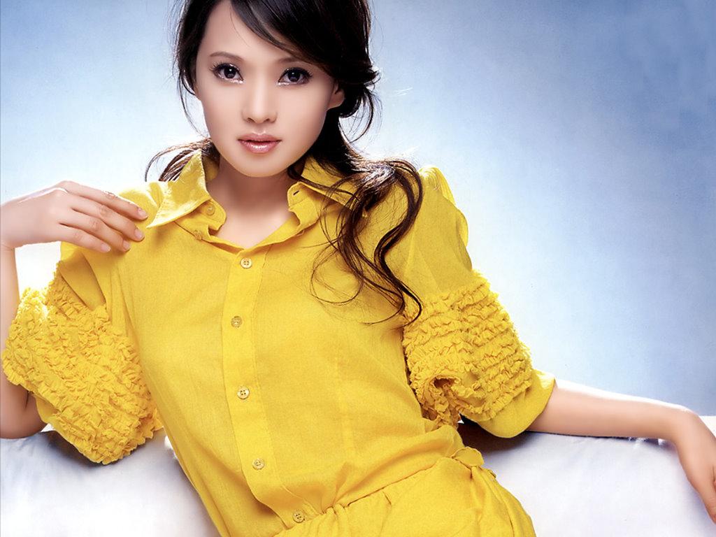 http://2.bp.blogspot.com/-hyOl0RRmF7k/T3KIzUiahwI/AAAAAAAAGRU/mY2cSepcdQ4/s1600/Foto-Annie-Yi-19.jpg