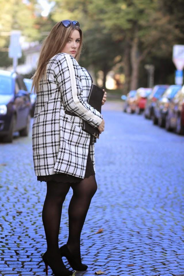 Plus Size Outfit Mantel Spitzenkleid Plus Size Bloggerin
