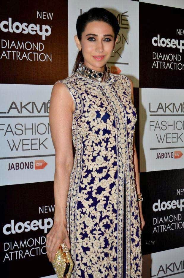 Karisma Kapoor At Lakme Grand Finale 2014