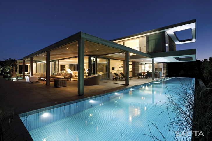 Swimming pool of Beautiful Plett 6541+2 Home by SAOTA