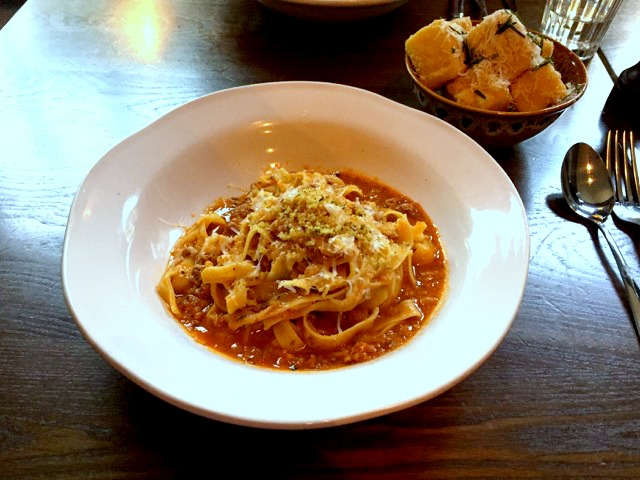 Jamie's Italian Nottingham Review | Morgan's Milieu: I didn't even get to try the Hubby's Tagliatelle Bolognese.