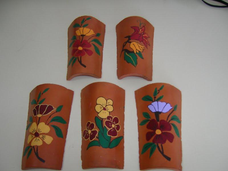 Taller creativo pintura en tejas for Pintura para tejas