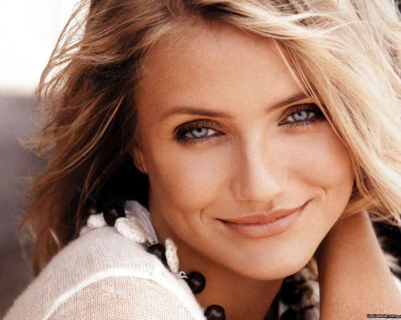 http://2.bp.blogspot.com/-hzANeSZPNfo/T2NumPPQoBI/AAAAAAAAGog/r-3KBjZBXS8/s1600/dralive-Cameron-Diaz-linda-preciosa-actriz.jpg