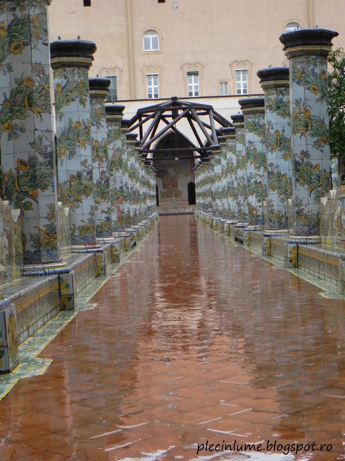 Mozaicuri in complexul Santa Chiara
