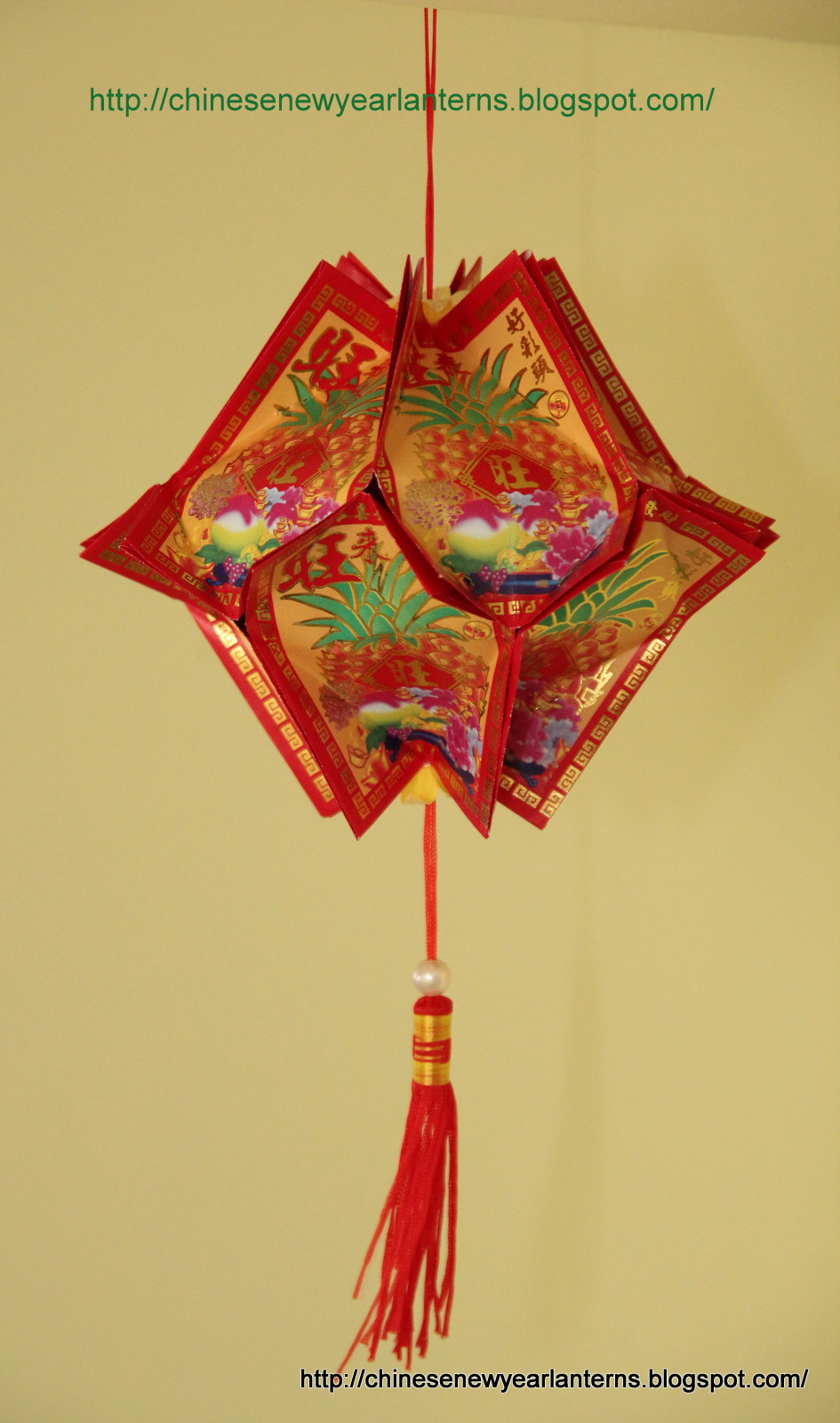 Chinese new year lanterns how to make an ang pow for Ang pow decoration craft work