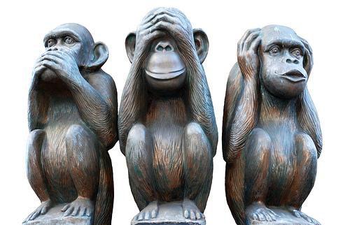 Le témoin sa réaction et son comportement - Page 11 Les+trois+singes+de+la+sagesse
