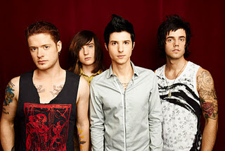 Hot Chelle Rae - Downtown Girl