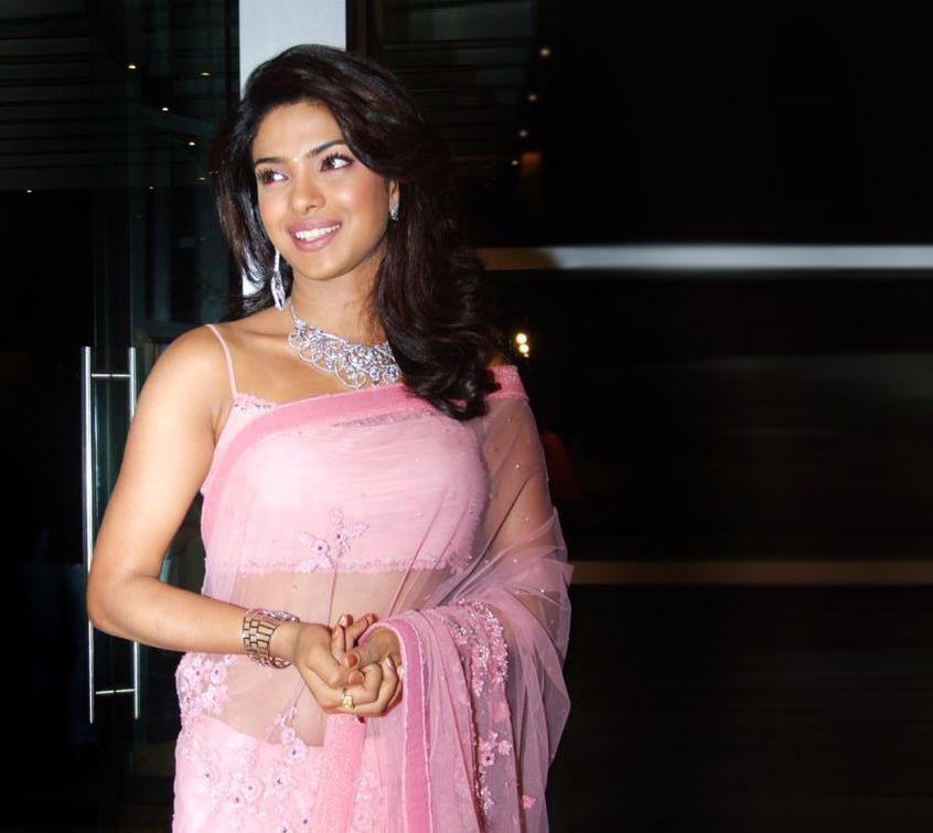 Bollywood Celebrities: Priyanka - 58.2KB