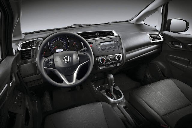 Honda FIT LX 2016 - interior