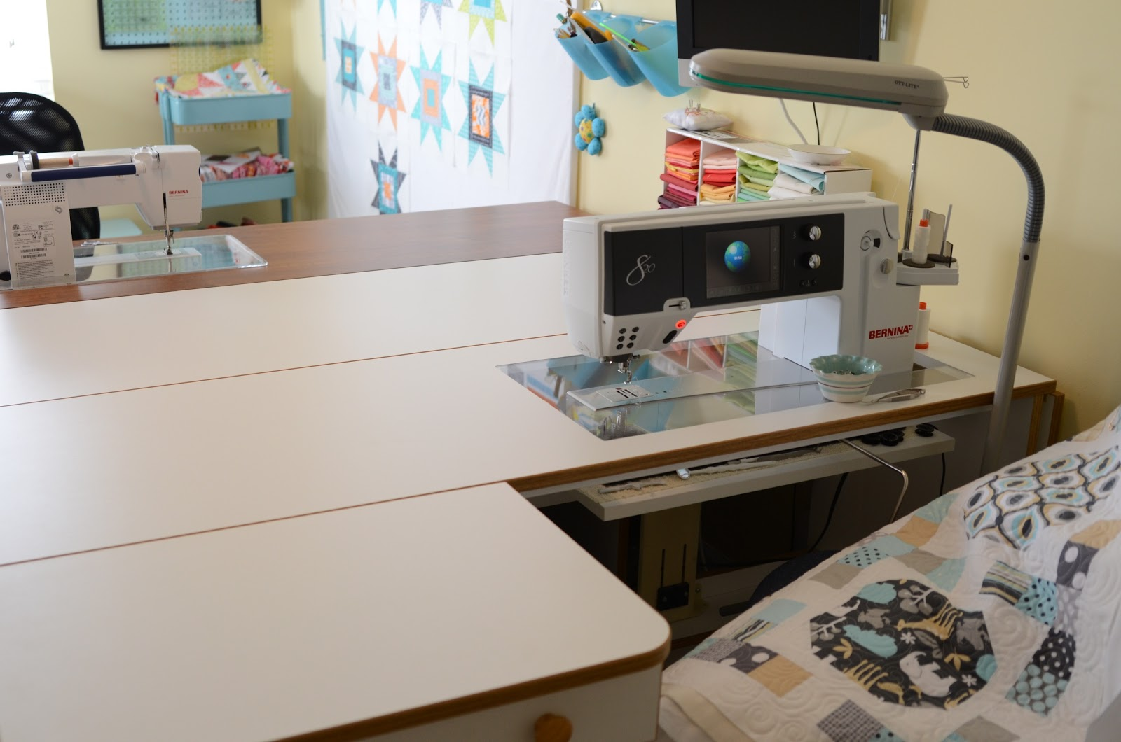 Hyacinth quilt designs sewing room tour part one for Sewing room layout