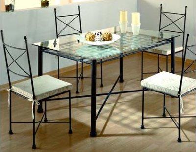 Hefesto herreria artistica hogar for Muebles en hierro