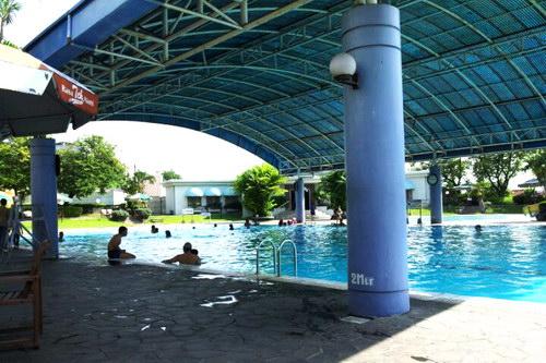 Atlantis, Restoran, Indoor Tennis & Kolam Renang