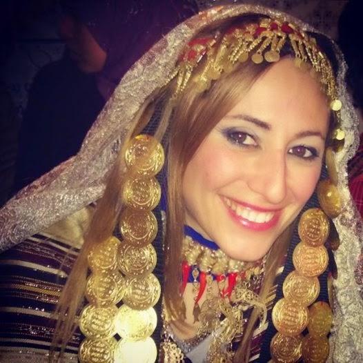 Harissa for breakfast vestito tradizionale tunisino dell for Vestito tradizionale giapponese femminile