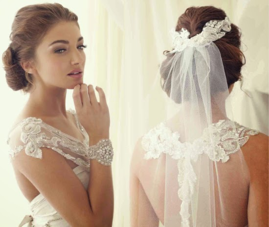 Beauty lace wedding dress