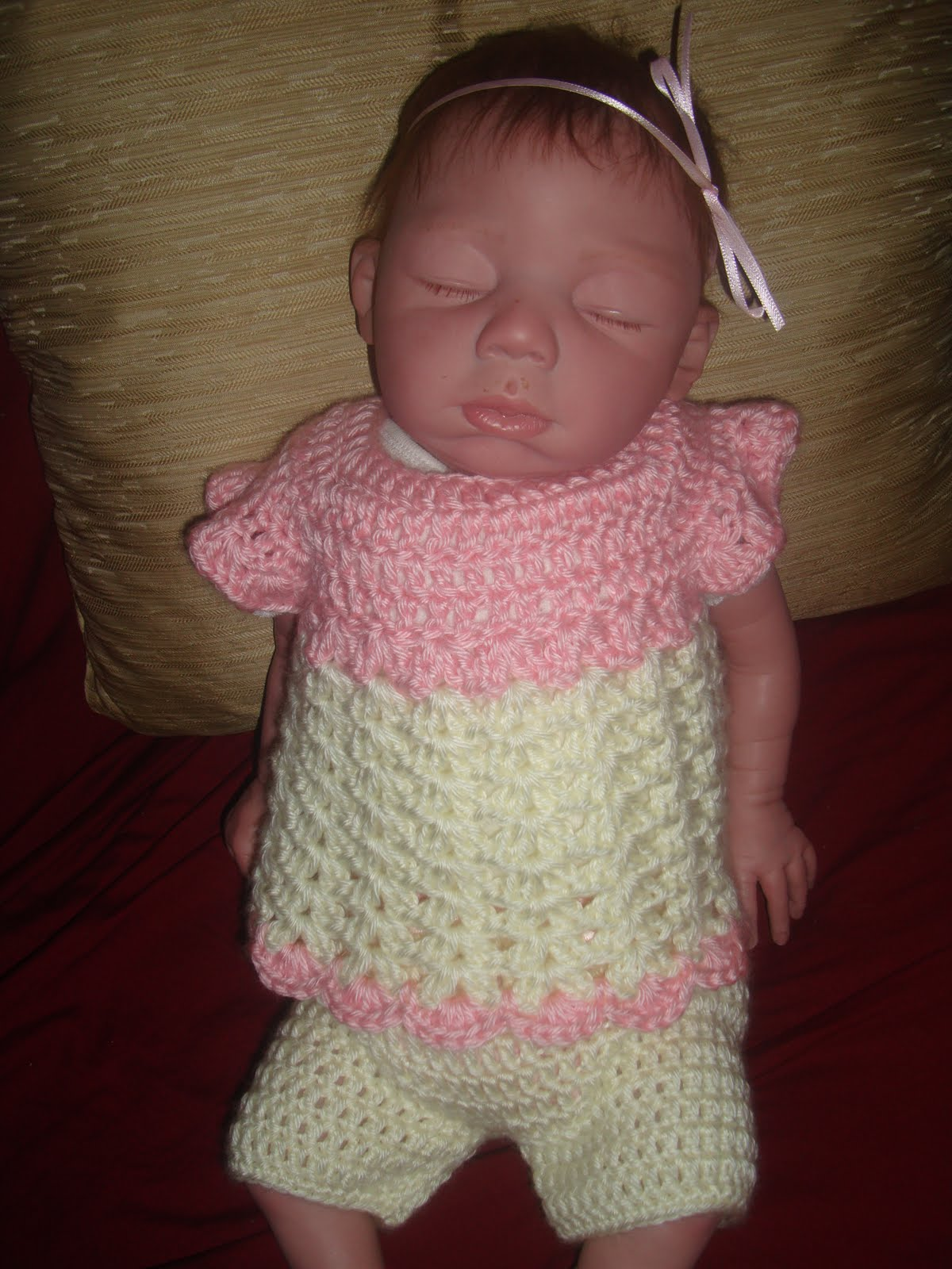 Crocheting Crazy : Crochet Crazy Mama: 2-Piece Baby Girl Outfit