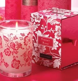 Illume, Illume Fragrances, Illume Violet Rose Candle, candle, home fragrance, roses, red roses, pink roses, flowers, floral