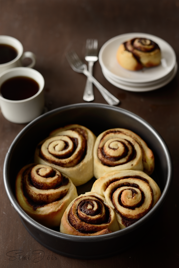 Cinnamon, easy recipe, soft creamy cinnabon. dessert,
