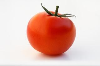 Manfaat Hebat Buah Tomat