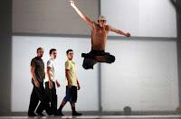 El 11 y el 12 de febrero de 2012 danza contemporánea en el Teatro Central de Sevilla
