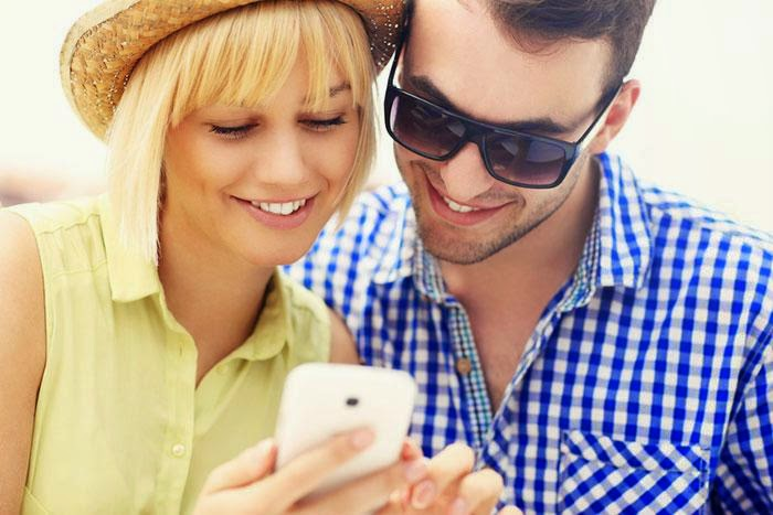 Set Up a Date with a Girl  - man woman checking self phone