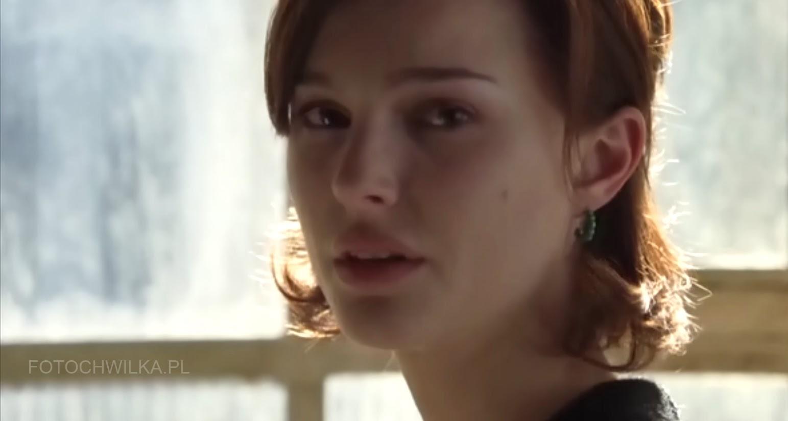 """Scena z filmu """"Bliżej"""" (Closer) - Natalie Portman"""