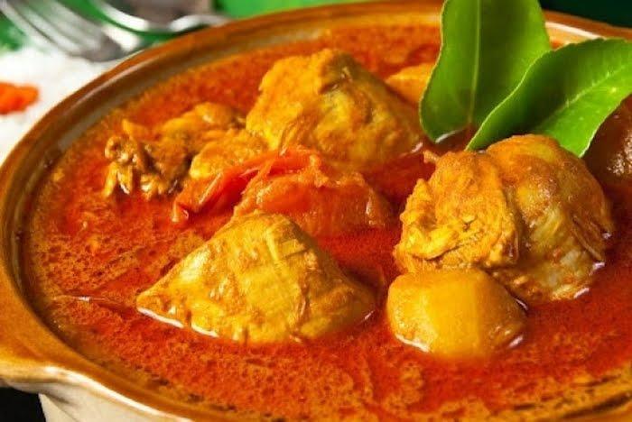 004. Chicken Goulash - Ayam Gulai