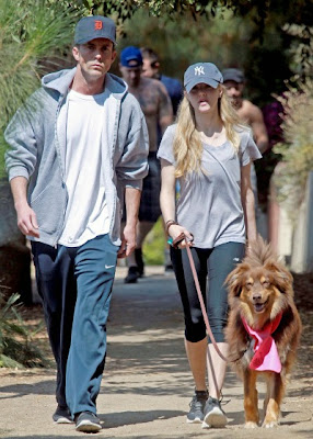 Amanda Seyfried and Desmond Harrington