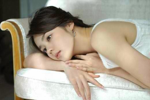 Han Ga-in photo 009