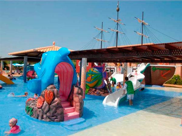 Bivestour viajes vacaciones en familia viajar con ni os - Hoteles con piscina climatizada para ir con ninos ...