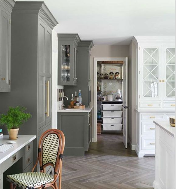 The Kitchen Is The Main Hang Out Of The House Right Why Not Make It As Cozy And Welcoming As Possible Here Are A Few The Kitchens I Find Inspiring