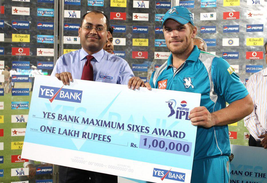 Aaron-Finch-Maximum-Sixes-KKR-vs-PWI-IPL-2013