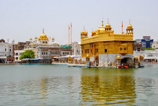 44. Golden Temple (Amritsar, India)
