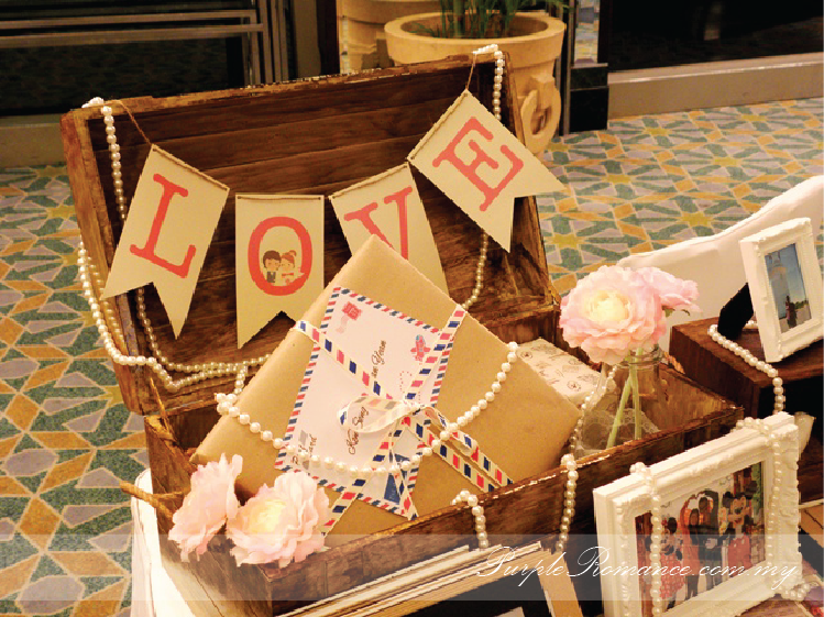 Photo Album Viewing Table Decoration, Wedding, Sweet Love, pearls, love, malaysia, kuala lumpur, selangor, mandarin oriental hotel, grand ballroom, with parcel, travel theme, around the world