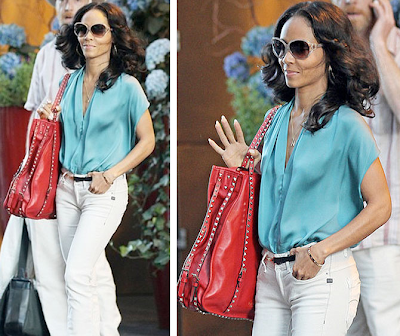 Jada Pinkett-Smith - Valentino Rockstud Tote