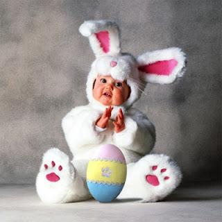 Ao abrires teu ovo de Páscoa espero que encontres dentro dele um bombom de amor,  outro de saúde e um terceiro que te induza a orar pela paz!  Feliz Páscoa!