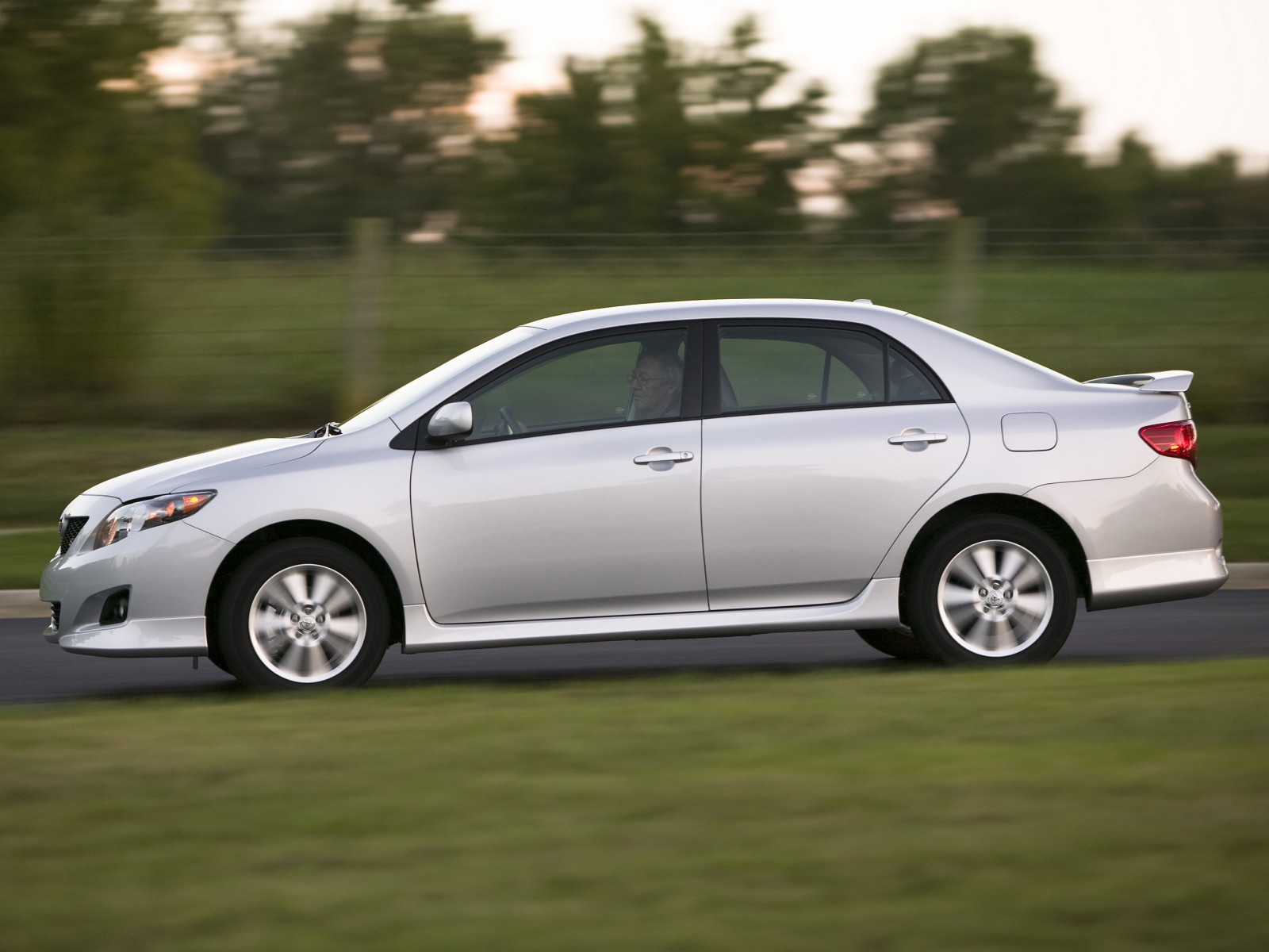 2009 Toyota Corolla S Wallpapers Pictures Specifications
