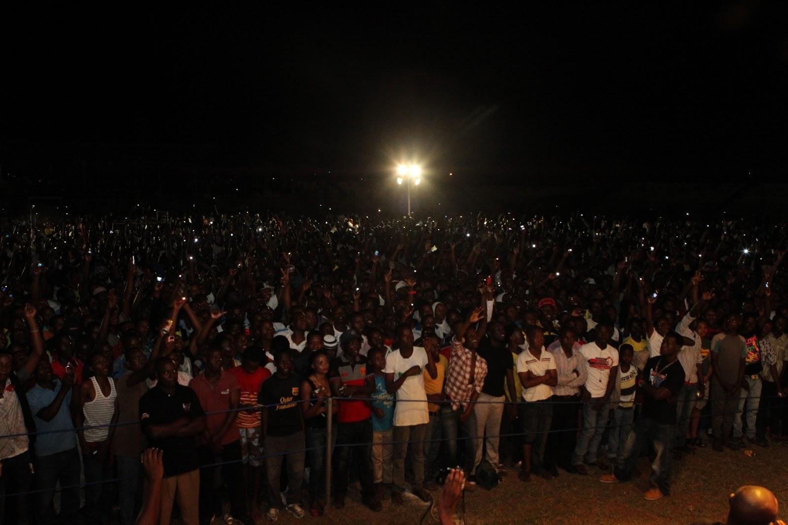 Picha utupu wasanii mbalimbali kibongo hizi hapa